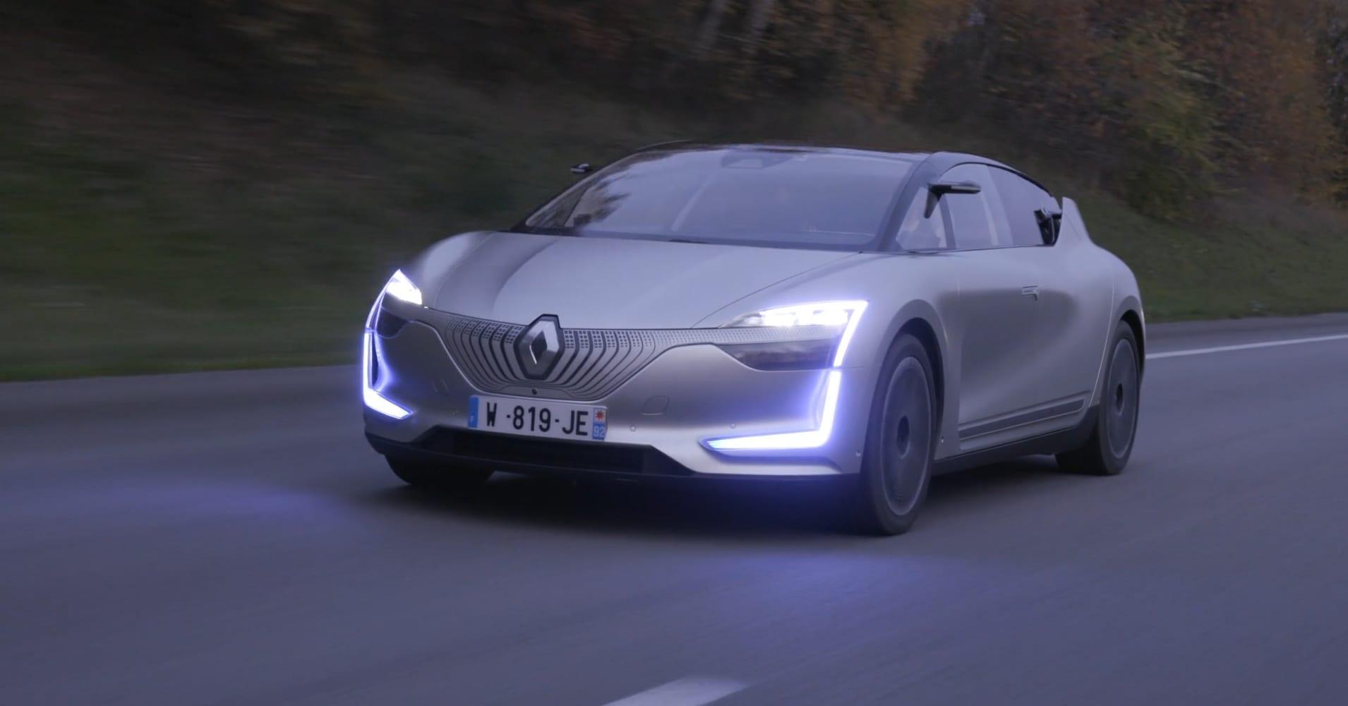 Renault S Symbioz Self Driving Demo Car