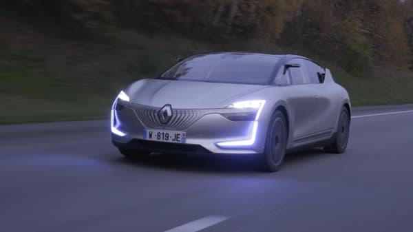 Renault Shows Lsymbioz Level 4 Autonomous Driving Demo Car
