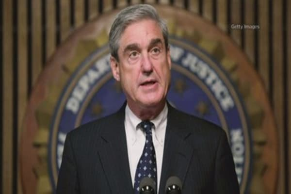 Mueller zeros in on Flynn's final days in White House, suggesting obstruction case: NBC