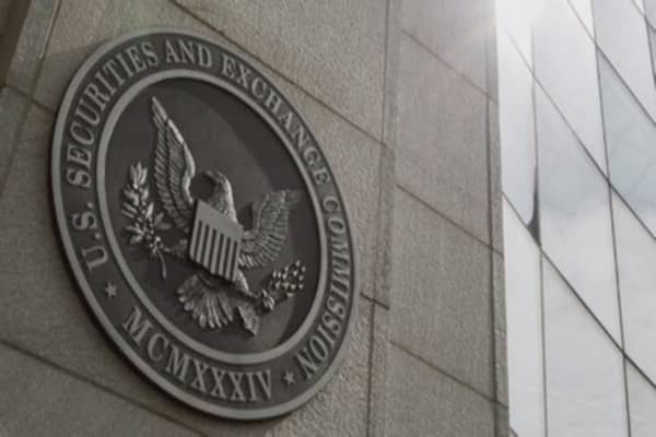 The SEC just issued a warning to cryptocurrency investors