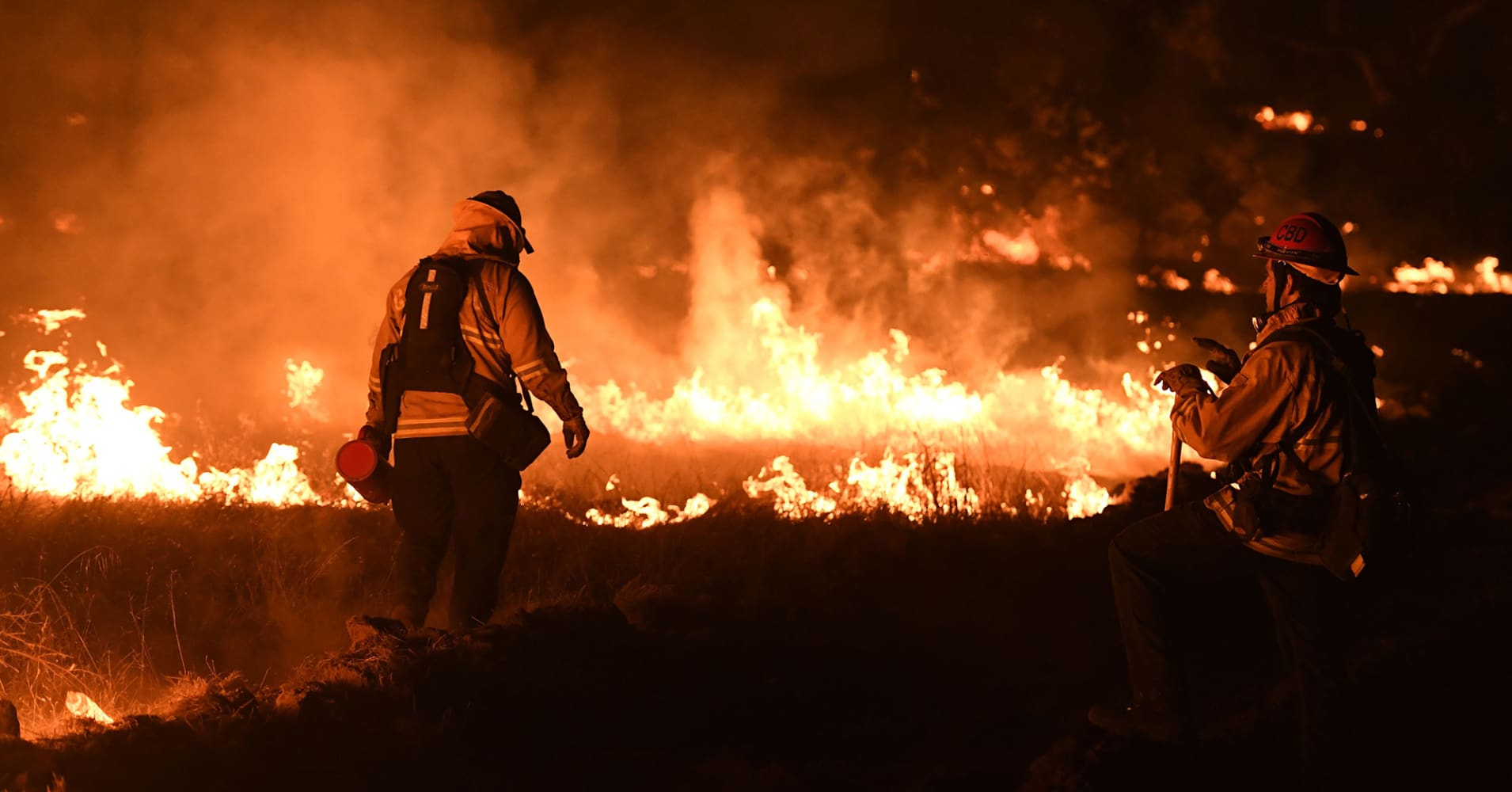 California's monster Thomas fire becomes largest-ever wildfire in state history