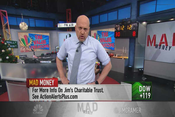 Cramer finds value-creating, investment-worthy CEOs across industries
