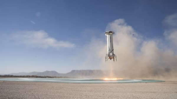 New Shepard Booster landing on the pad in West Texas after a successful Mission 7.