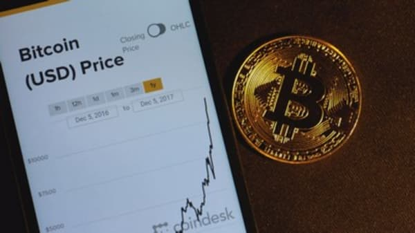 Bitcoin 'dwarfs' nearly all bubbles, says investor