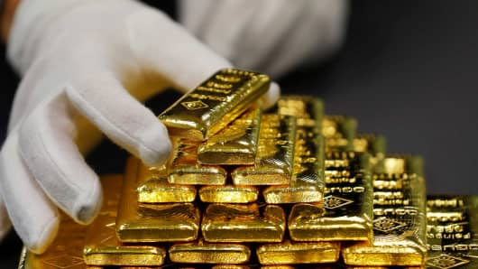 Gold Firms As Dollar Dips Post Us Verdict Fed In Focus