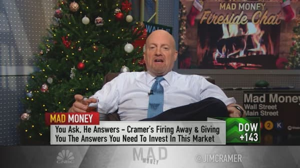 Cramer's fireside chat: Tax reform will 'absolutely' help mid-cap stocks
