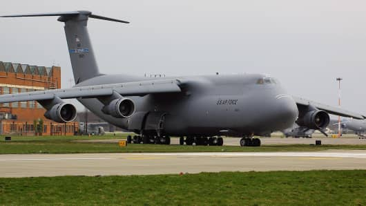 A US Air Force C5 Galaxy plane at RAF Mildenhall.