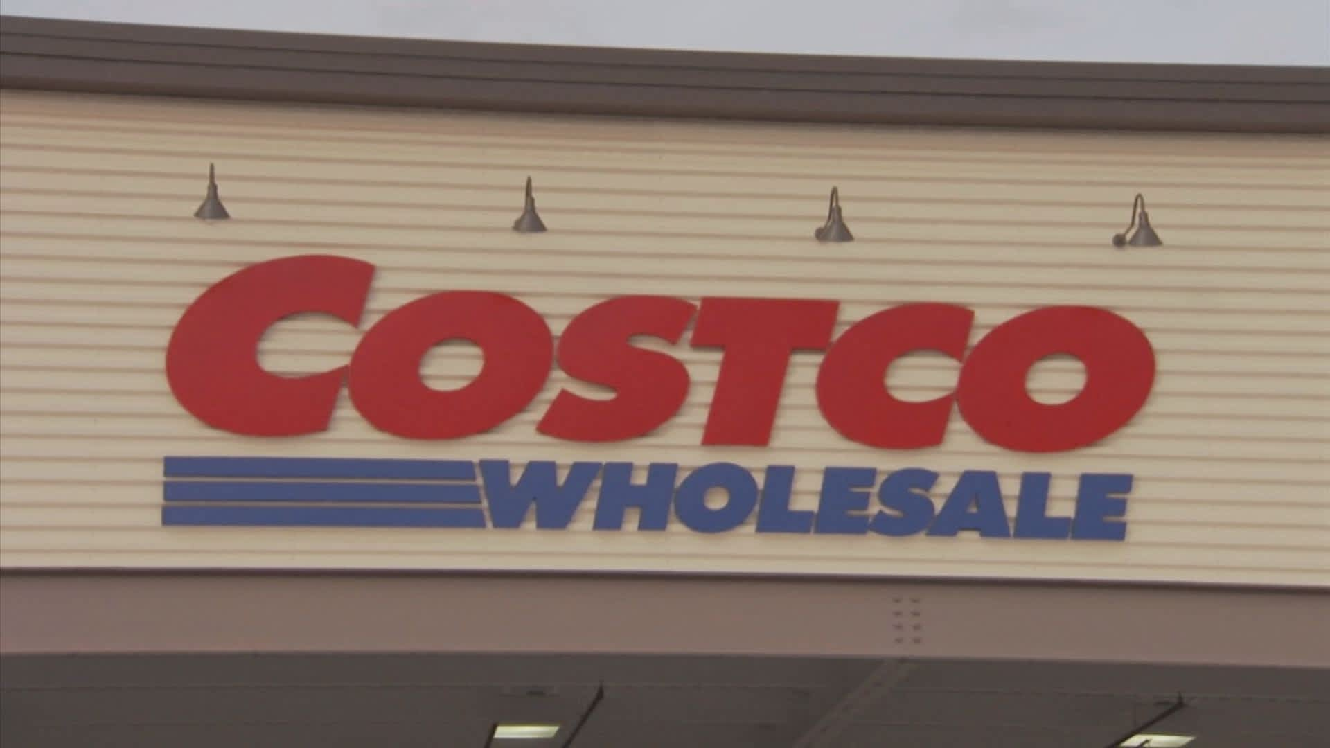Bmo Buy Costco Because Its In Early Stages Of Online Sales Surge