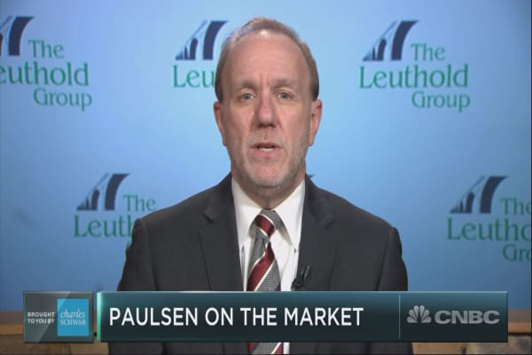 Strategist Jim Paulsen reveals his contrarian trade forecast for 2018
