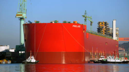 Prelude FLNG Hull Float Launch, Geoje, South Korea, 2013.