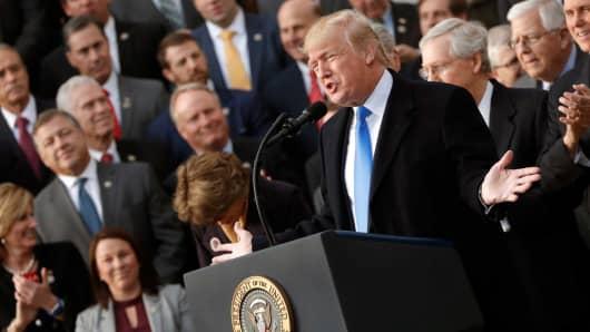 Trump endorses earmarks despite conservative opposition