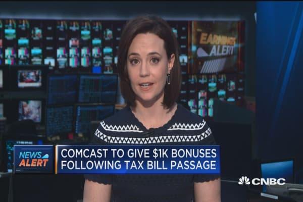 Comcast to give $1K bonuses following tax bill passage