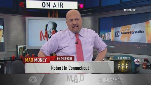 Cramer's lightning round: Alphabet will trump advertisers like Interpublic