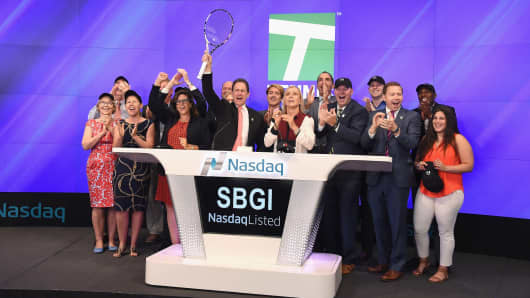 Sinclair Broadcast Group's subsidiary Tennis Channel rings the NASDAQ bell, led by President Ken Soloman.