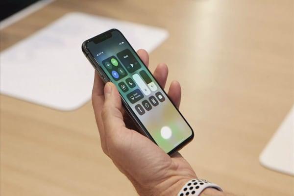 Apple suppliers drop on report of weak iPhone X demand