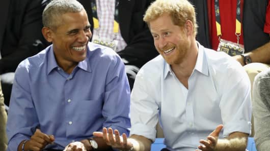 Former U.S. President Barack Obama and Prince Harry on day 7 of the Invictus Games 2017 on September 29, 2017 in Toronto, Canada