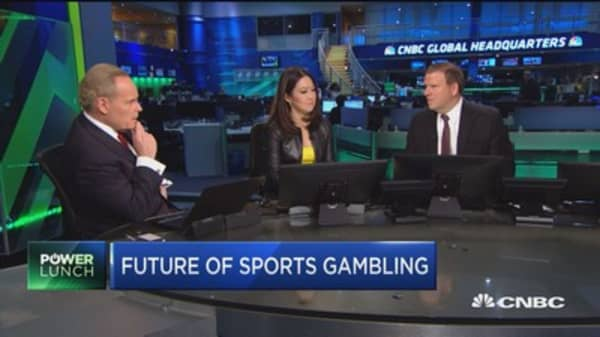 Fertitta on sports betting: We're giving away billions to offshore gambling companies