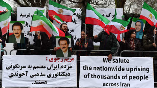Protesters gather outside the Iranian Embassy in central London on January 2, 2018, in support of national demonstrations in Iran against the existing regime.