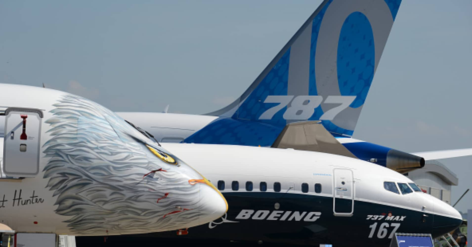 boeing to buy control of embraer s 4 75 billion commercial jet unit