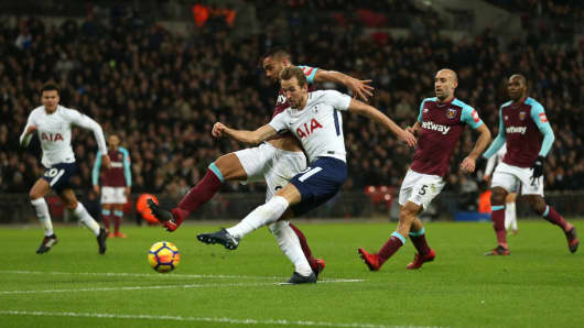 Premier League match between Tottenham Hotspur West Ham United.
