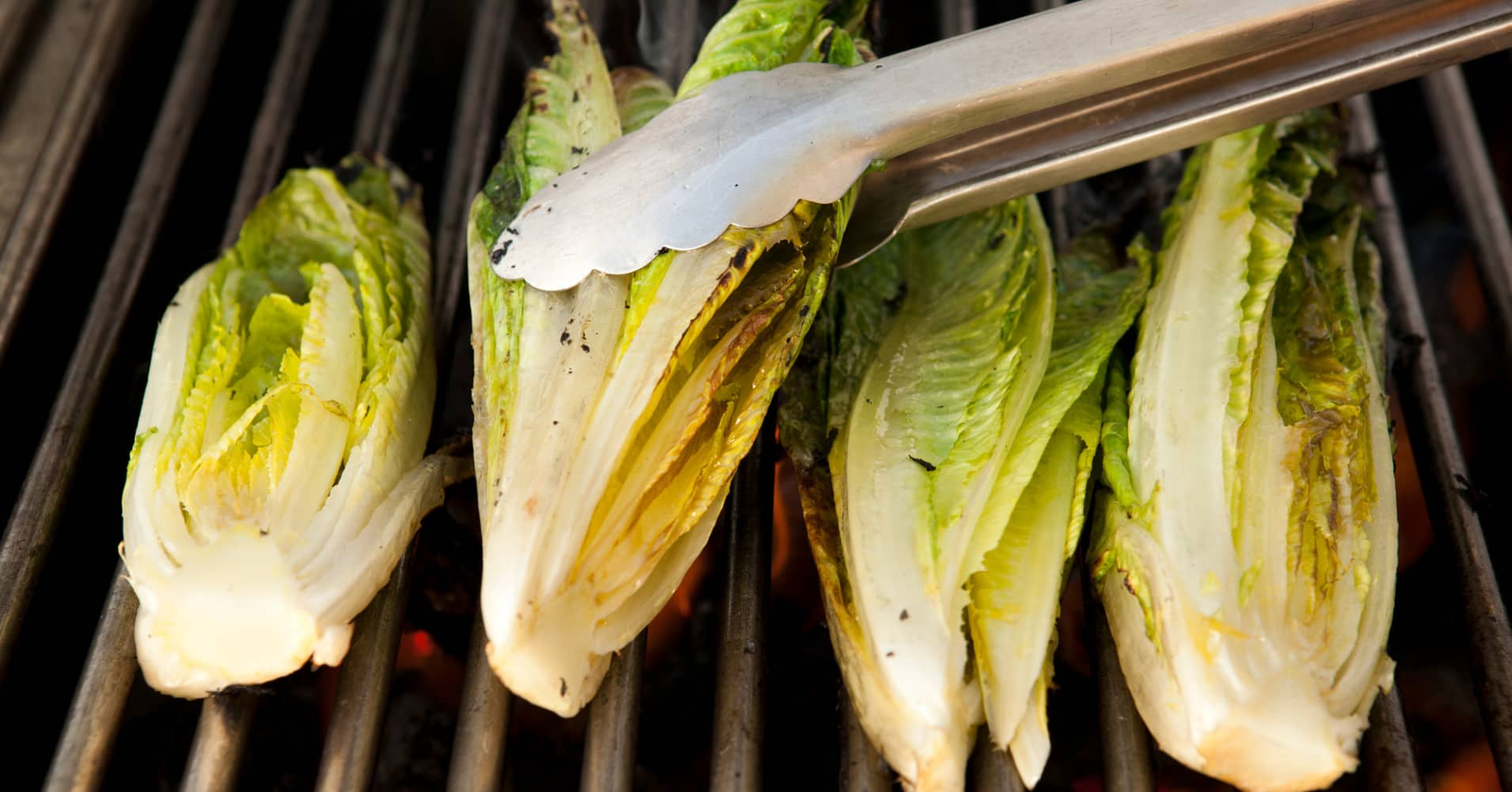 E. coli outbreak linked to romaine lettuce frustrates produce industry