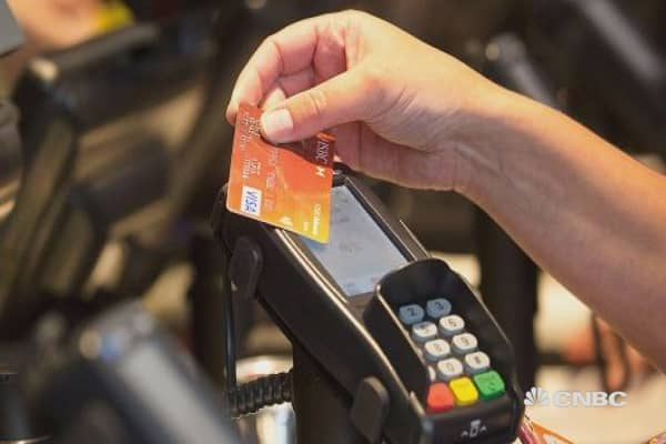 Visa bans cryptocurrency-backed cards
