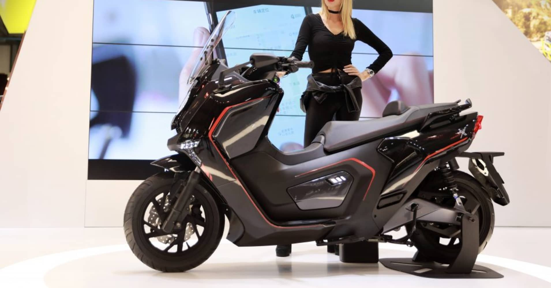 Scooter firm Niu to benefit as China bets big on electric vehicles