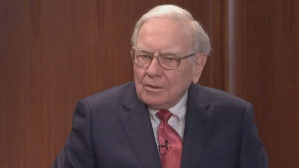 Buffett's Berkshire stands to gain $37 billion windfall from tax plan