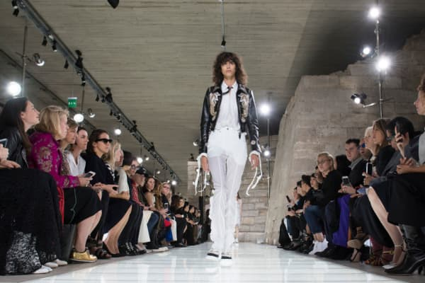 Model Mica Arganaraz walks the runway during the Louis Vuitton show at Paris Fashion Week on October 3, 2017