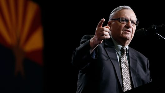 Maricopa County Sheriff Joe Arpaio speaks in support of Republican presidential candidate Donald Trump during a Trump campaign rally on August 31, 2016 in Phoenix, Arizona.