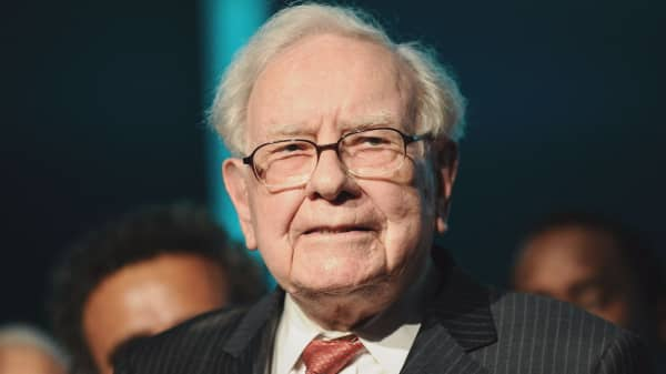 Warren Buffett thinks cryptocurrencies will end badly