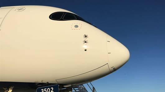 A Delta A350 plane