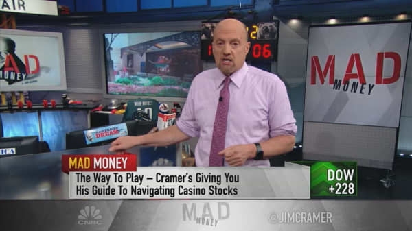 Cramer gets bullish on casino stocks like Wynn Resorts as Macau prospects improve