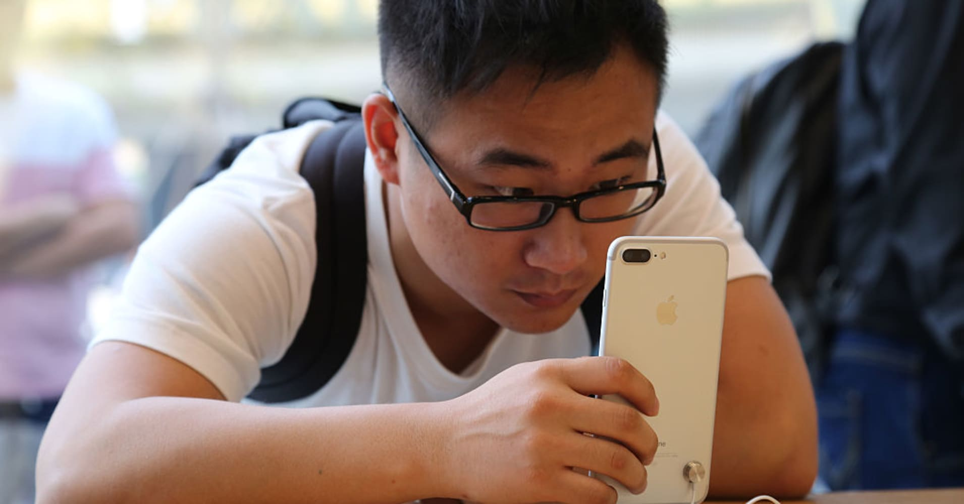Apple's iPhone 7 Plus was the second-best selling phone in China last year