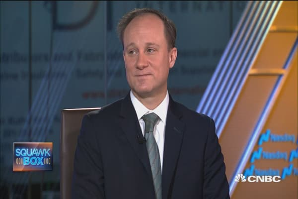 Chief investment strategist: Expect tech to 'modestly' outperform for next two to three years
