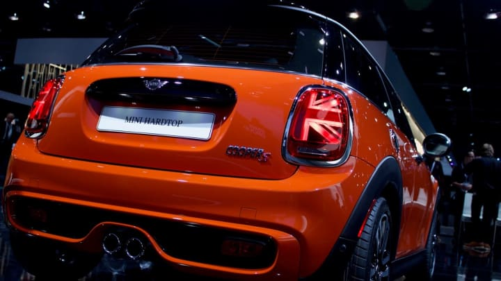 the winners and losers of the detroit auto show. Black Bedroom Furniture Sets. Home Design Ideas