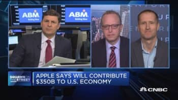 Big expectations for Apple's $350B plan