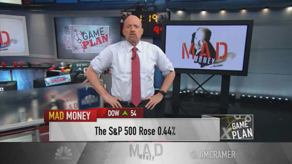 Cramer's game plan: Watch individual stocks amid the earnings deluge