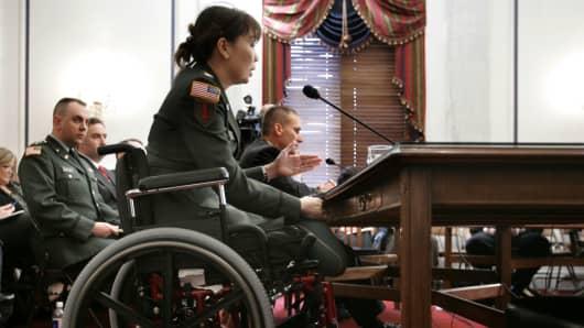 Iraq veteran senator again calls Trump 'Cadet Bone Spurs'