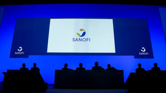 View of the company's logo at the general meeting of shareholders of Sanofi on May 4, 2016.