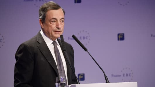 Mario Draghi, president of the European Central Bank (ECB), at the European Banking Congress on the final day of Frankfurt Finance Week in Frankfurt, Germany, on November 17, 2017.