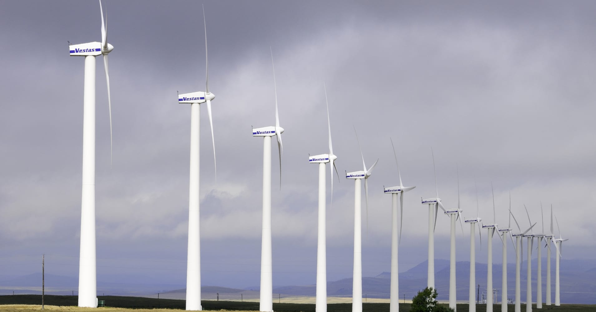 Vestas to cut 400 jobs, mostly in Europe