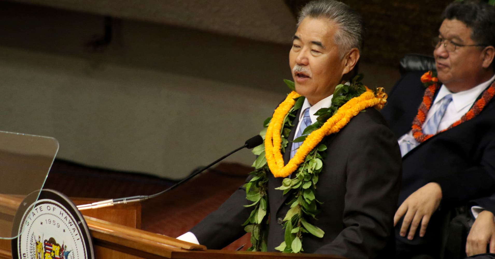 Hawaii's governor knew the missile alert was fake in two minutes — but he didn't know his Twitter password