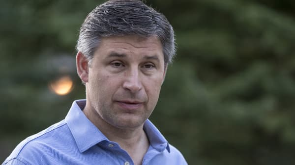 Anthony Noto, chief operating officer of Twitter Inc., arrives for the morning session during the Allen & Co. Media and Technology conference in Sun Valley, Idaho, U.S., on Thursday, July 13, 2017.