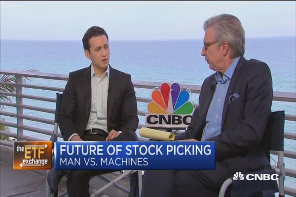 Future of stock picking: Man vs. machines
