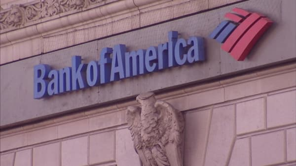 Bank of America customers protest new requirements for free checking