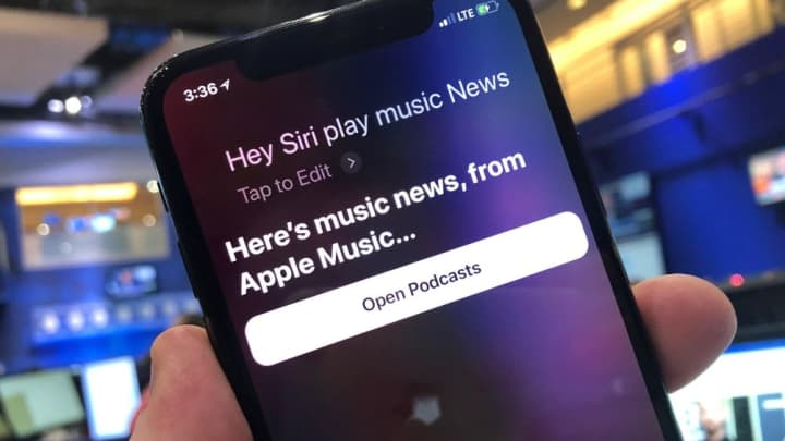 Siri plays music news.