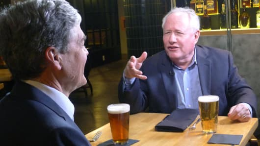 Bill Kristol speaks with CNBC'S John Harwood at the Mayflower Hotel's Edgar Bar & Kitchen in Washington, D.C.
