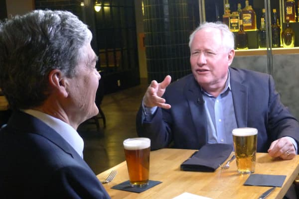 Bill Kristol speaks with CNBC'S John Harwood at the Mayflower Hotel's Edgar Bar & Kitchen in Washington, D.C.