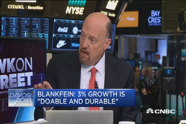 Cramer: Investors should read between the lines on Lloyd Blankfein's bitcoin comments